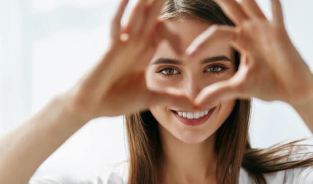 Die richtige Zahnpflege, so sind Wissenschafter heute überzeugt, bewahrt nicht nur vor Zahnausfall, sondern auch Herzinfarkt.